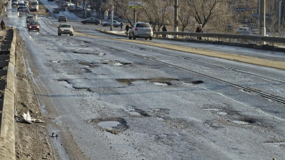 Состояние 34% дорог местного значения в Казахстане неудовлетворительно