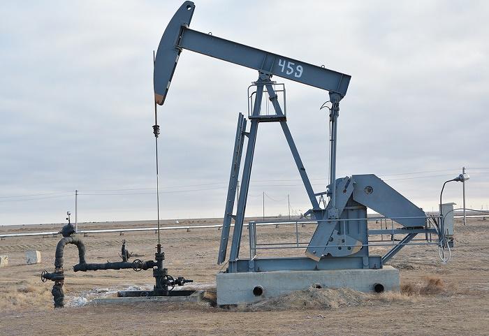 Добыча нефти в Казахстане продолжает снижаться