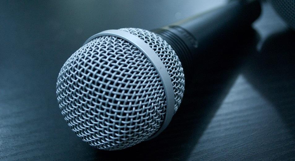 Казахстанских певцов попросили оплатить налоговую задолженность