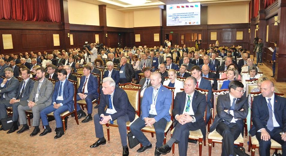 Армения и Казахстан недовольны оборотами