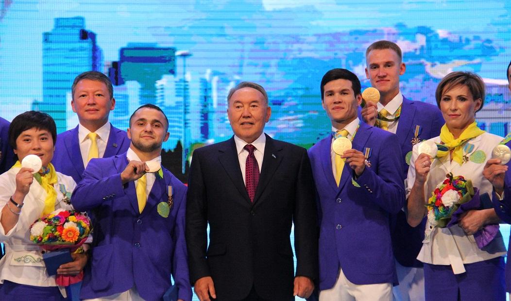 Президент Казахстана пожелал олимпийцам не забывать о тренировках