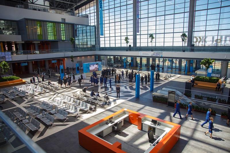 Назарбаев посетил новые ж.-д. вокзал и терминал аэропорта Астаны