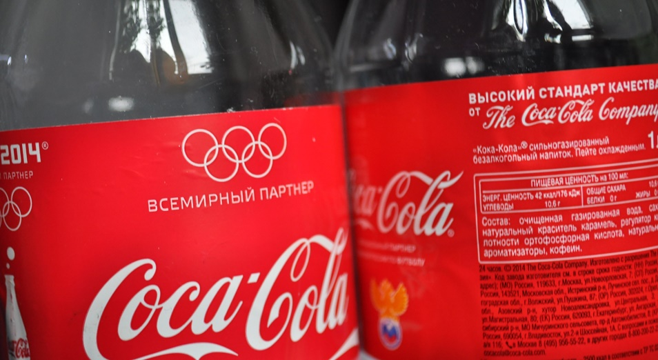 """""""Coca-Cola"""" хочет дать вторую жизнь пластику в Казахстане"""