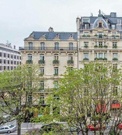 Қазақстандық бай Париждегі 65 миллион еуролық үйін сатылымға шығарды
