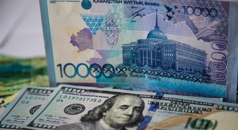 Ұлттық валюта апта басынан бері тек құлдыраумен болды