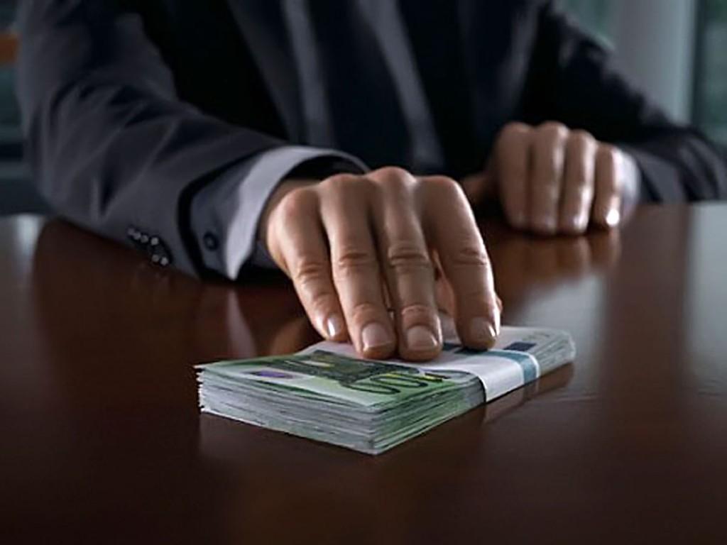 Замглавы ДГД Мангистау задержан по подозрению в получении взятки