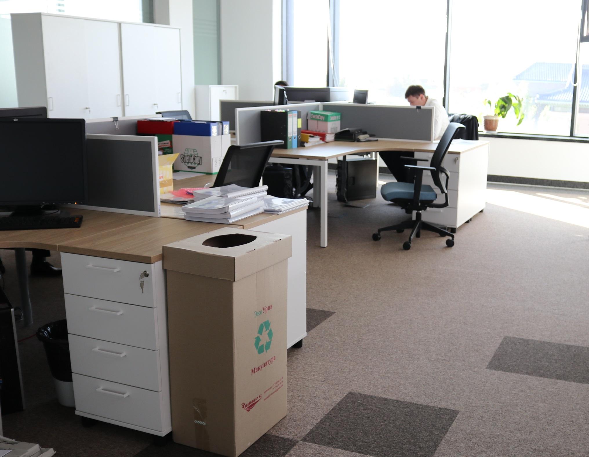 150 экобоксов для макулатуры установил в своих офисах  АО «КазТрансОйл»