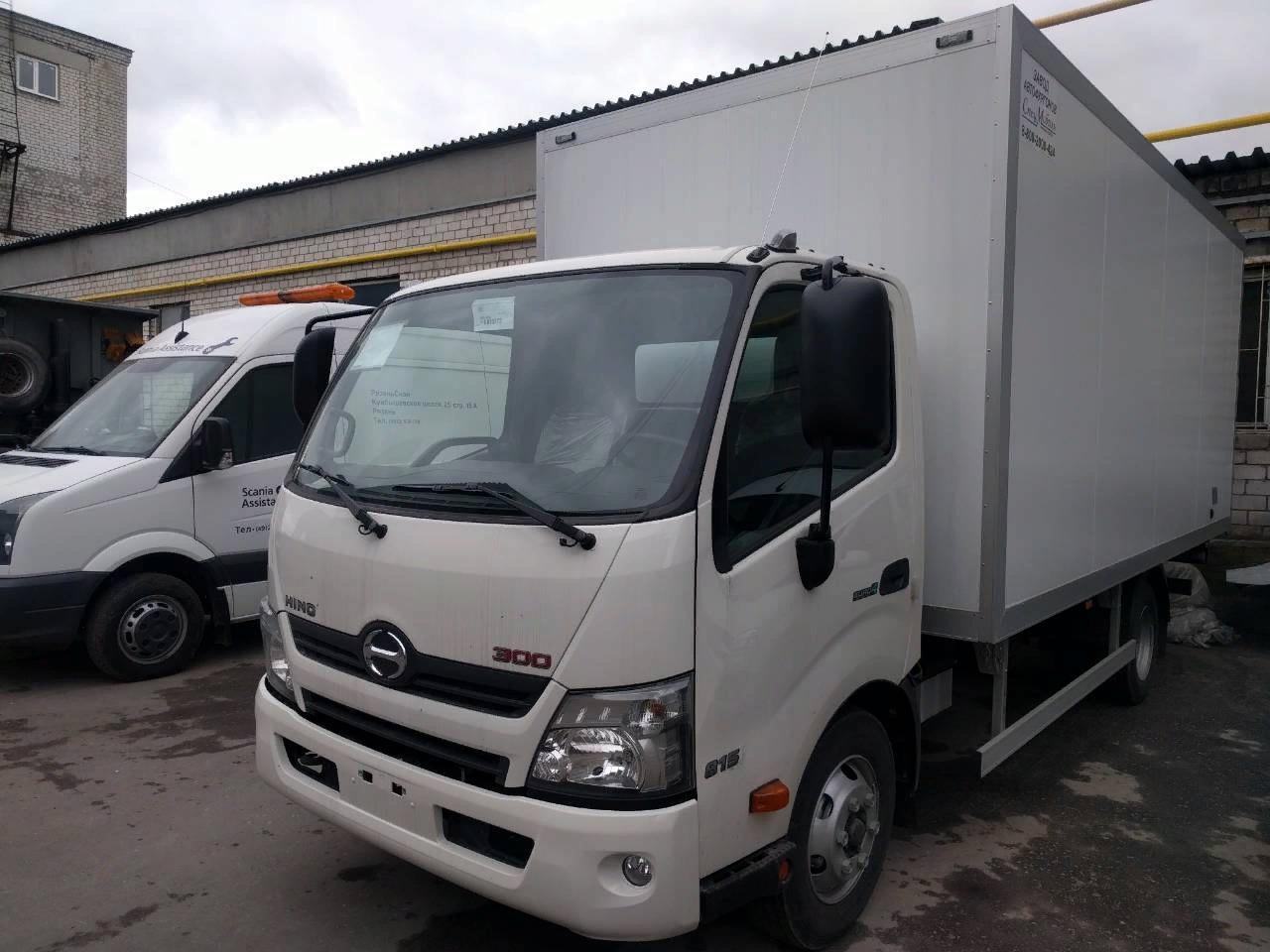 Первый в СНГ центр японских грузовиков открыли в Алматы