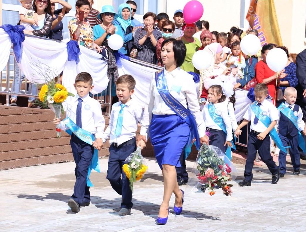Две новых школы на 2400 мест открыли сегодня в Талдыкоргане