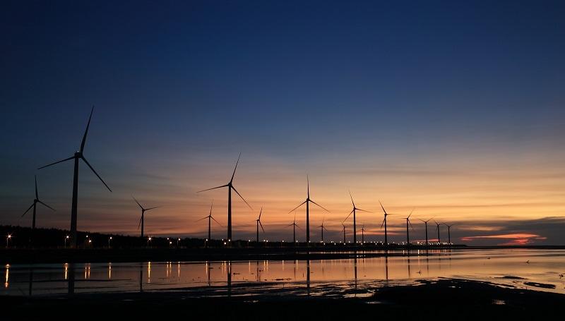"""Фонды """"Казына Капитал Менеджмент"""" инвестируют в строительство ветровой электростанции в Акмолинской области"""