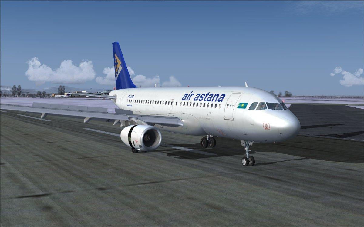 Двигатель самолета Air Astana загорелся в аэропорту в Астане