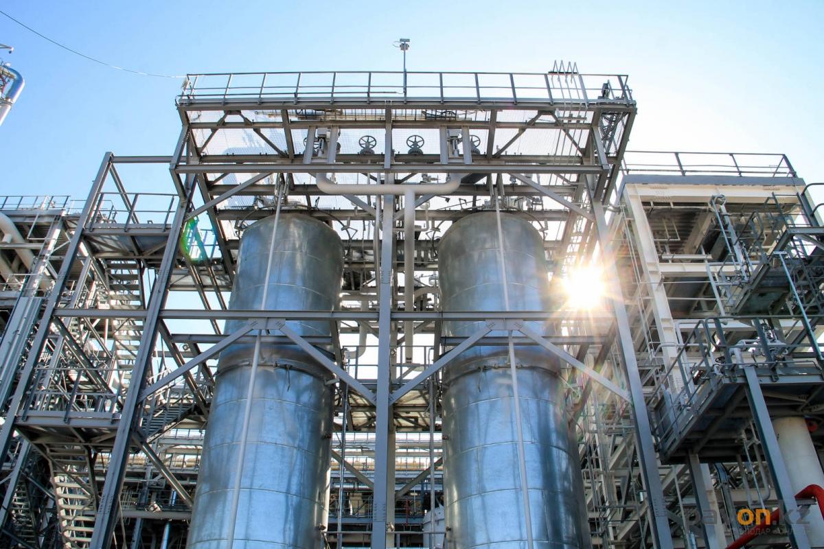 Нефтяники отметили сороковой юбилей ПНХЗ