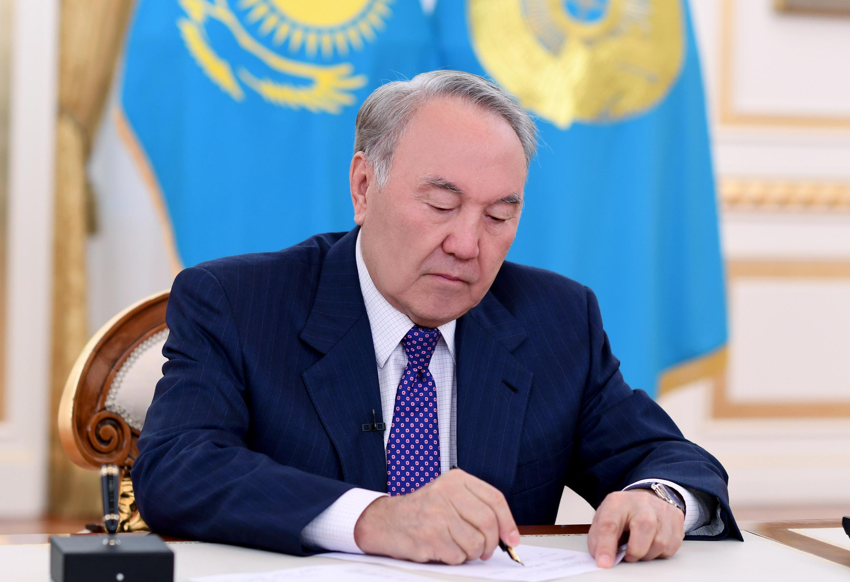 Назарбаев соболезнует в связи с кончиной президента Вьетнама