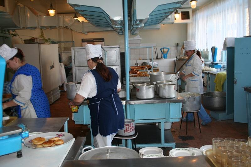 В Жамбылской области в 54 школах отсутствуют столовые