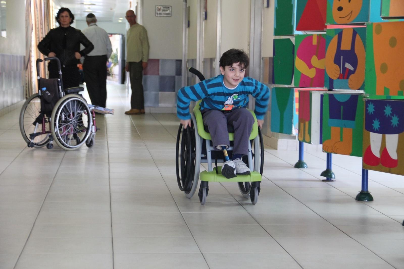 В Казахстане не созданы все условия для инклюзивного образования, считают в МОН