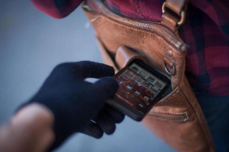 Более 500 человек задержаны в Астане за кражи телефонов