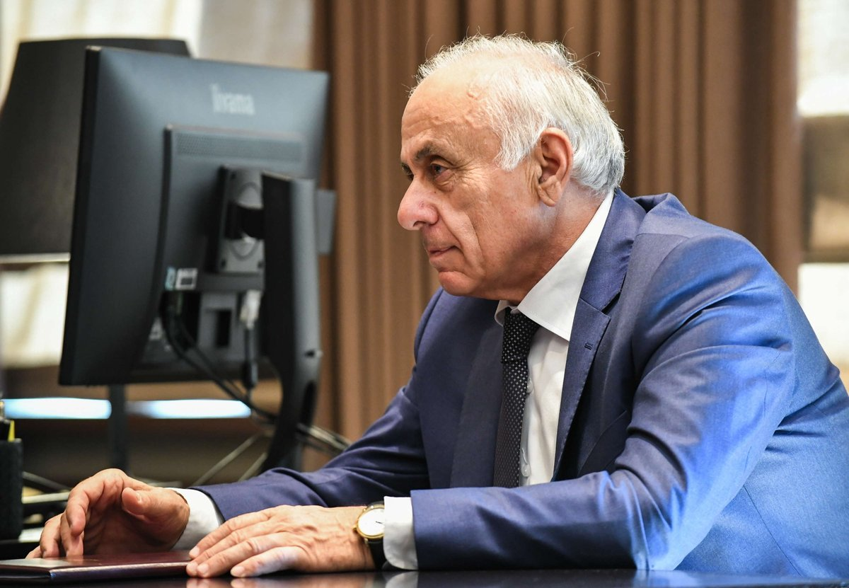 Следы наркотиков нашли в крови водителя, при столкновении с автомобилем которого погиб премьер Абхазии