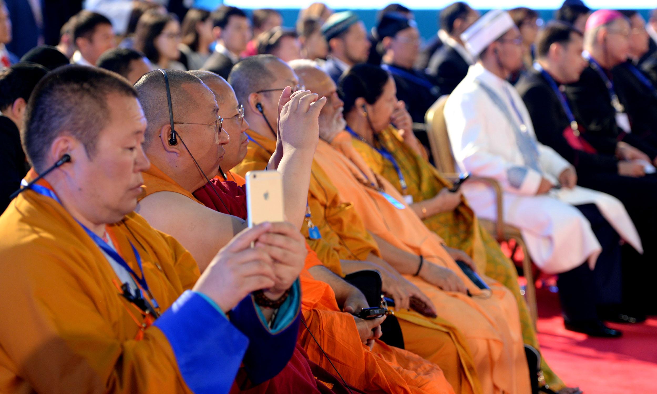 Участие в VI съезде мировых и традиционных религий в Астане подтвердили 74 делегата