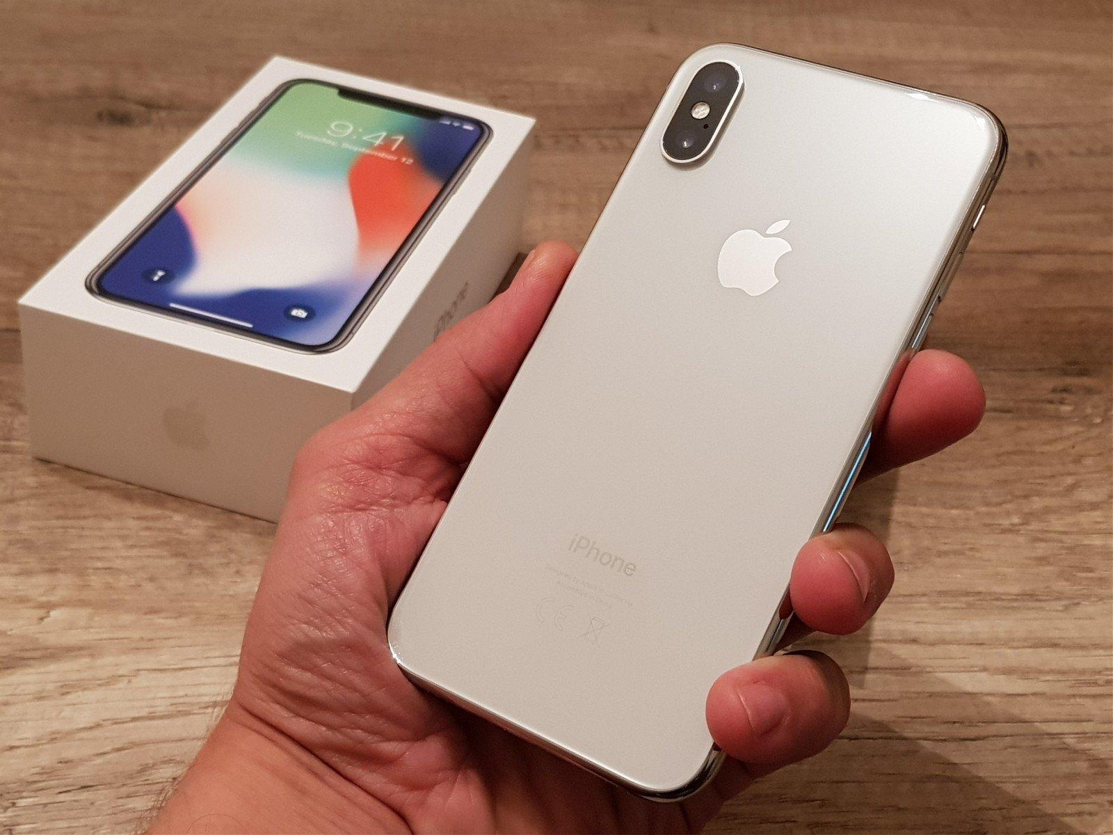 СМИ назвали стоимость ремонта новых моделей iPhone