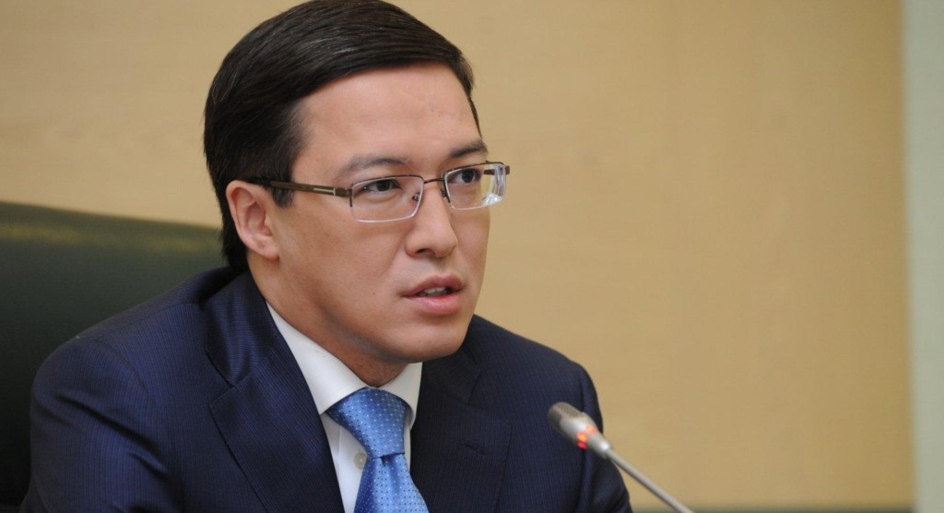 Ослабление тенге не представляет угрозы для финансовой стабильности Казахстана – Д. Акишев