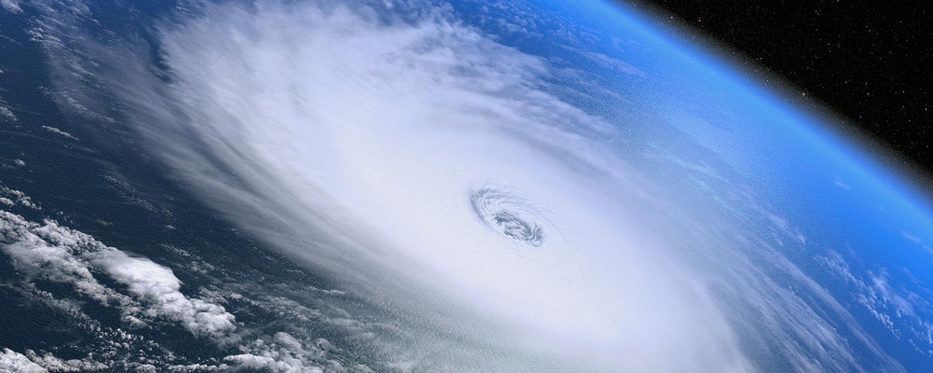 "В Вашингтоне объявили режим ЧП из-за урагана ""Флоренс"""