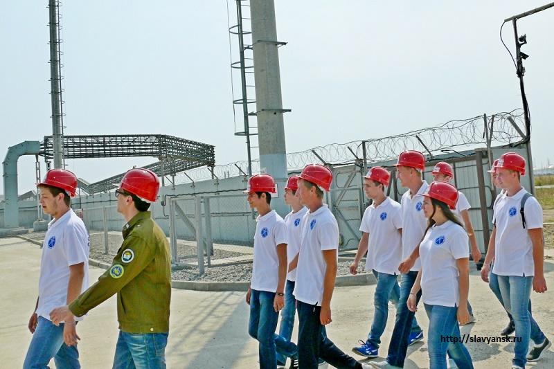 В Актобе в стройотрядах трудятся 5,5 тысяч юношей и девушек