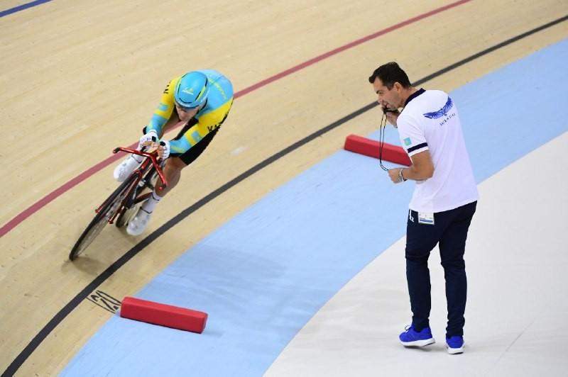 Артём Захаров завоевал бронзу на велотреке на Азиаде-2018
