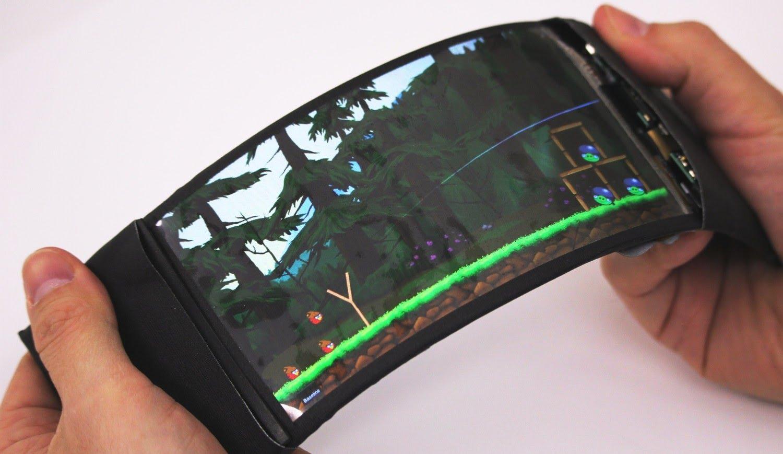Samsung поставит гибкие экраны для смартфонов конкурентов