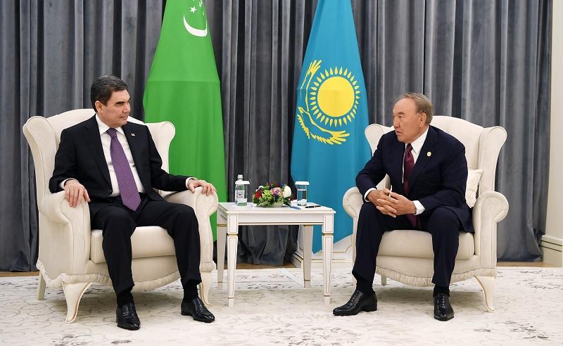 Нурсултан Назарбаев встретился с Президентом Туркменистана Гурбангулы Бердымухамедовым