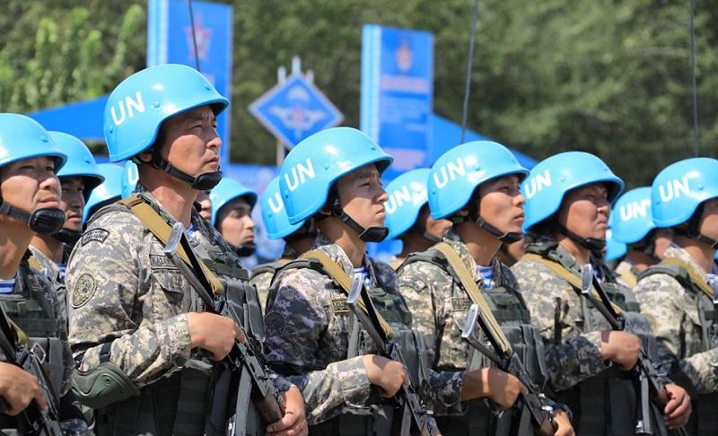 Министр обороны РК посетил воинские части Алматинской области