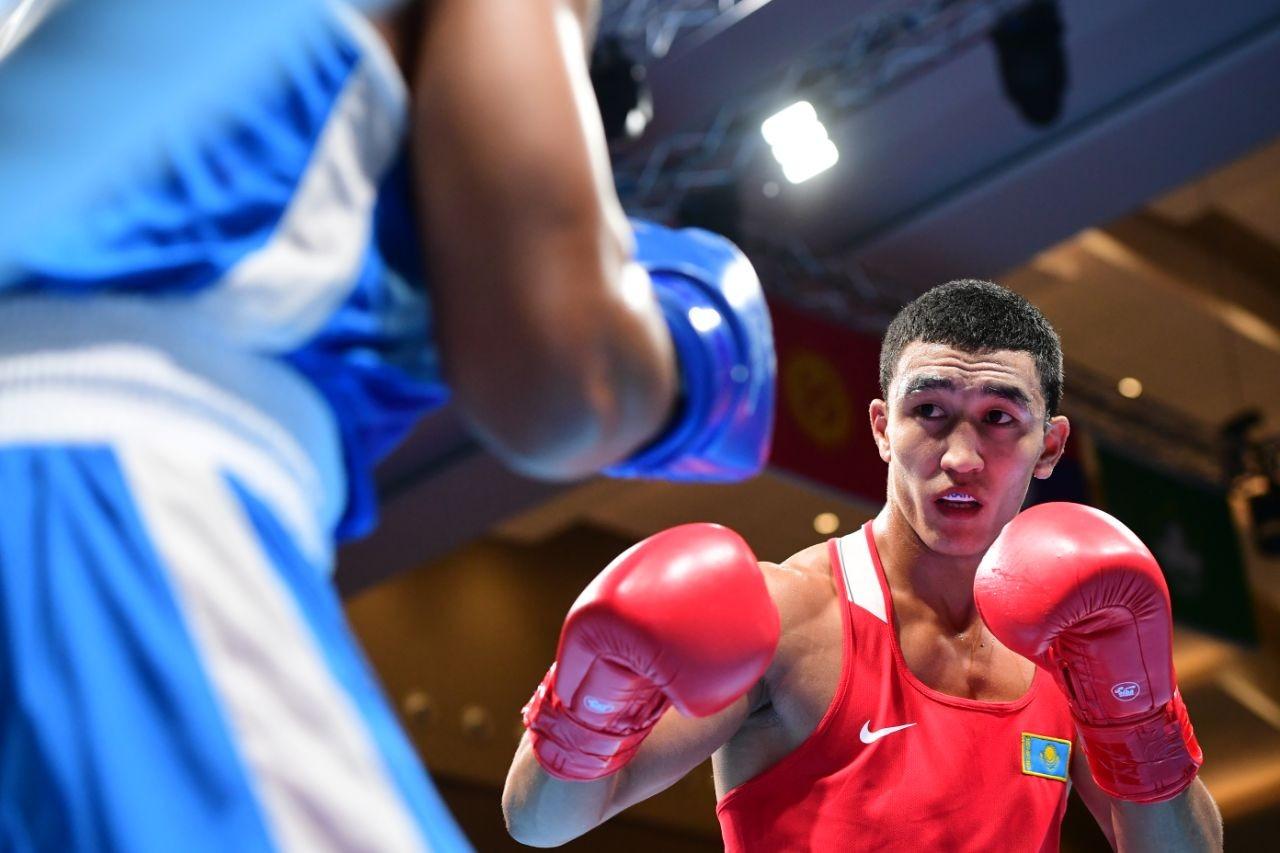 Бокс на Азиаде-2018: казахстанец не оставил шансов сопернику по четвертьфиналу