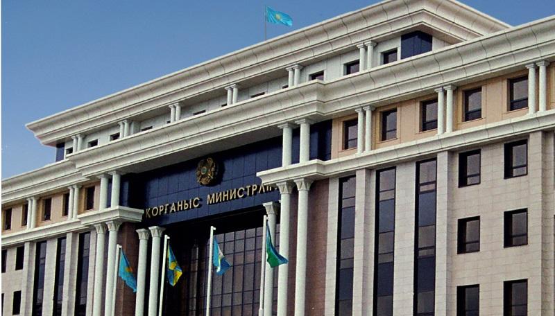 """Военнослужащие пострадали при детонации неустановленного предмета на полигоне """"Казахстан"""""""