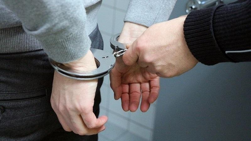 В Костанае задержан наркодилер, прятавший героин в могиле