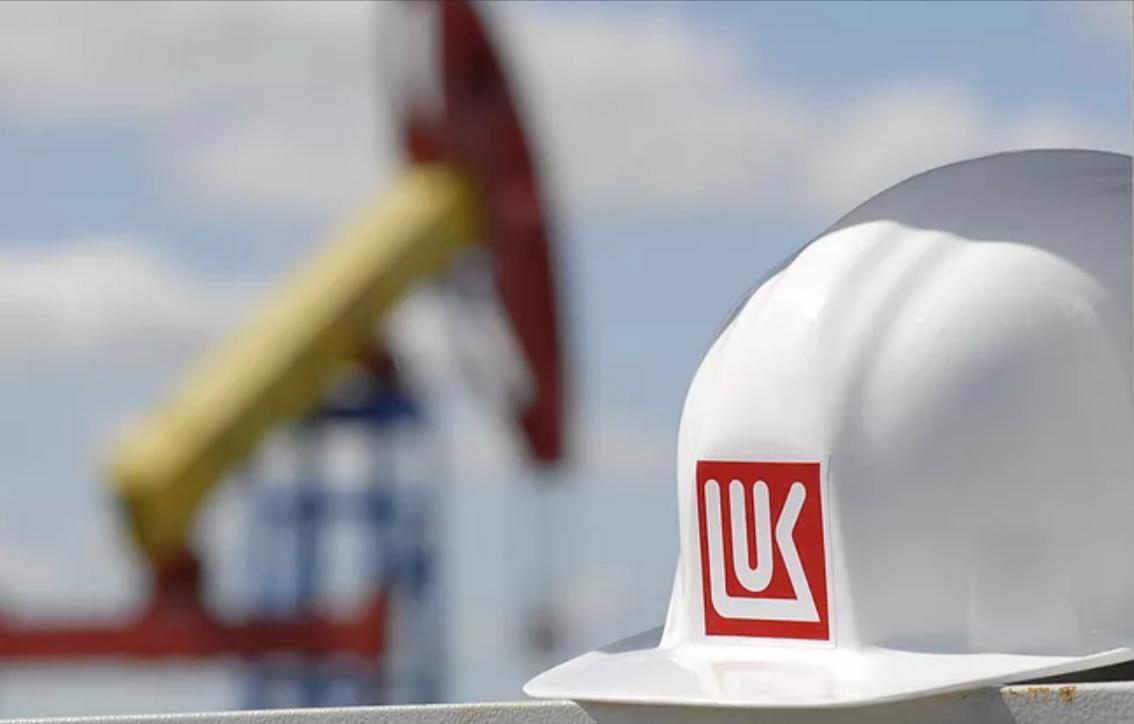 """""""Лукойл"""" проведёт обратный выкуп акций на $3 млрд"""