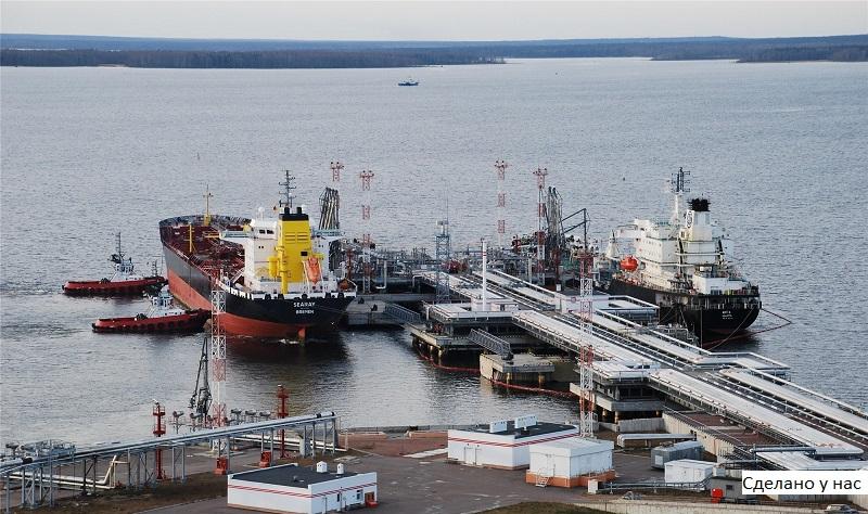 Путин подписал закон об установлении в российских портах тарифов в рублях