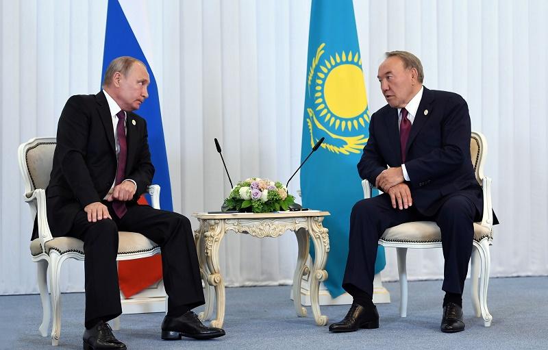 Президент РК встретился с Владимиром Путиным