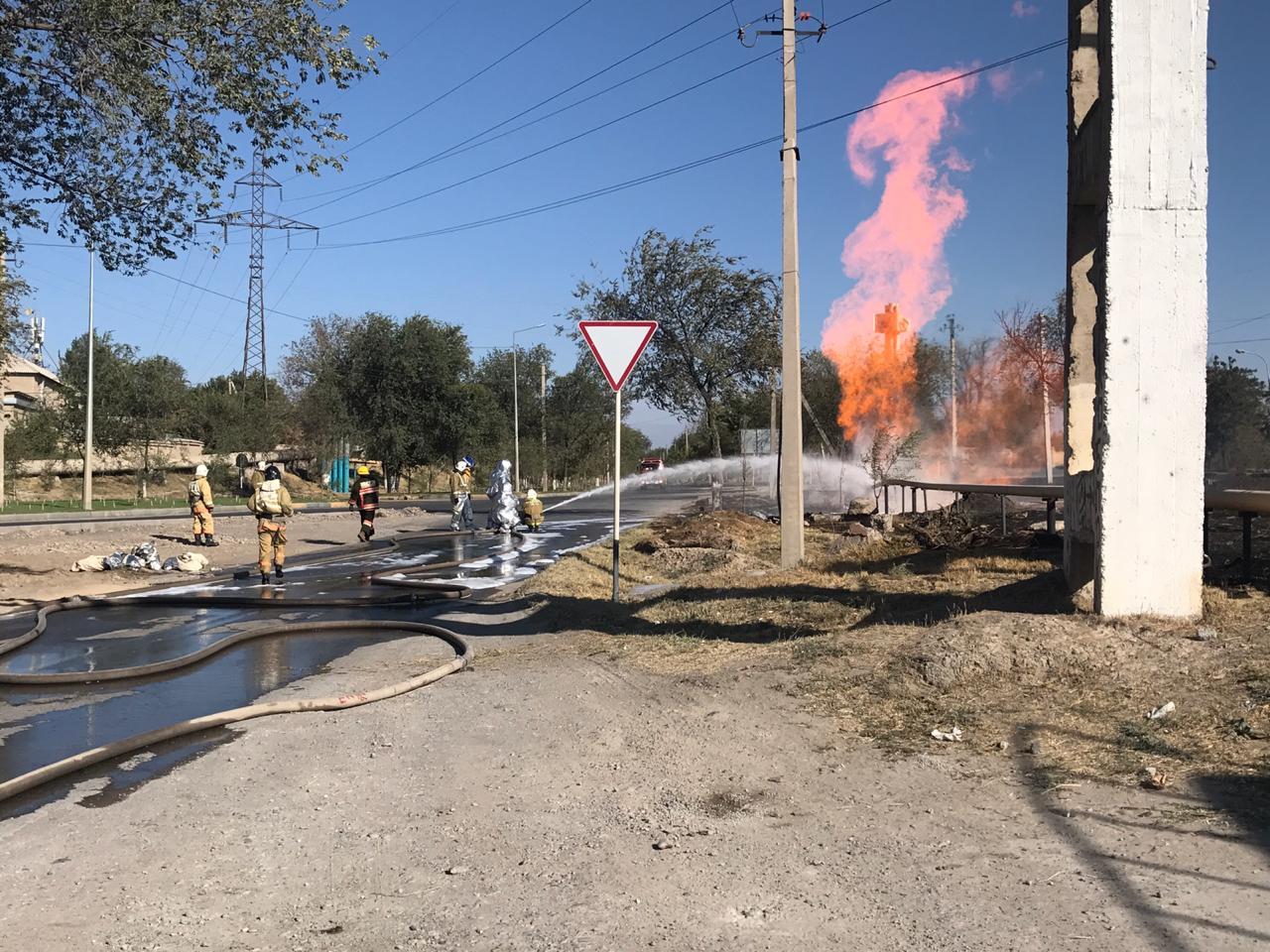 В Шымкенте произошел разрыв подземного газопровода