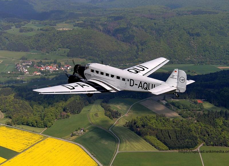 В Швейцарии в результате крушения самолета Junkers 52 погибли 20 человек