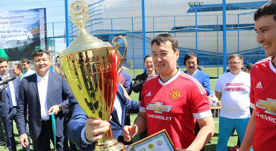 gossluzhashie-gotovyatsya-k-futbolnoj-nochnoj-lige