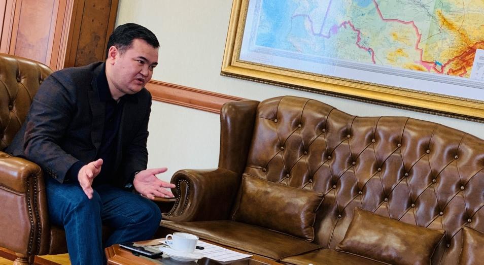 Женис Касымбек: «Засучив рукава, надо очень активно работать»