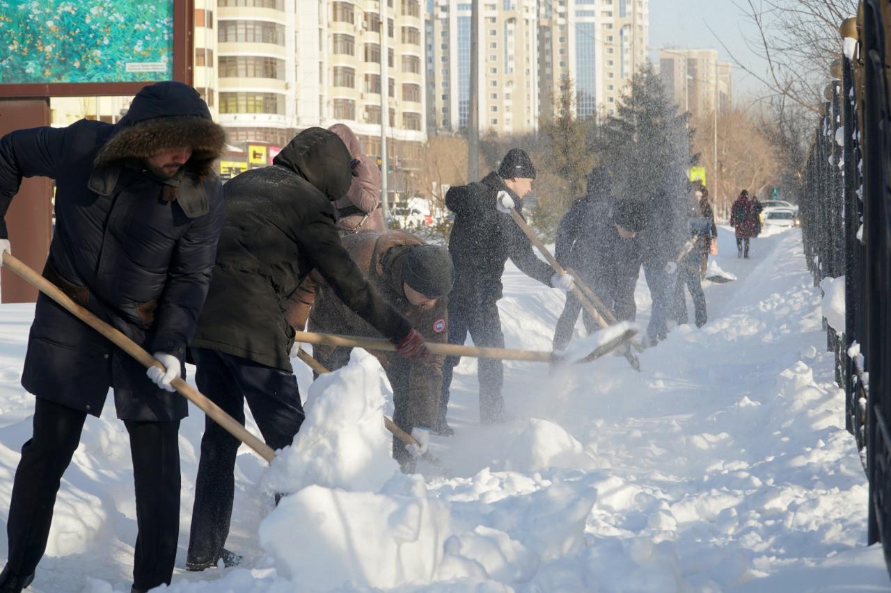 Палата предпринимателей призывает столичных бизнесменов выйти на уборку снега