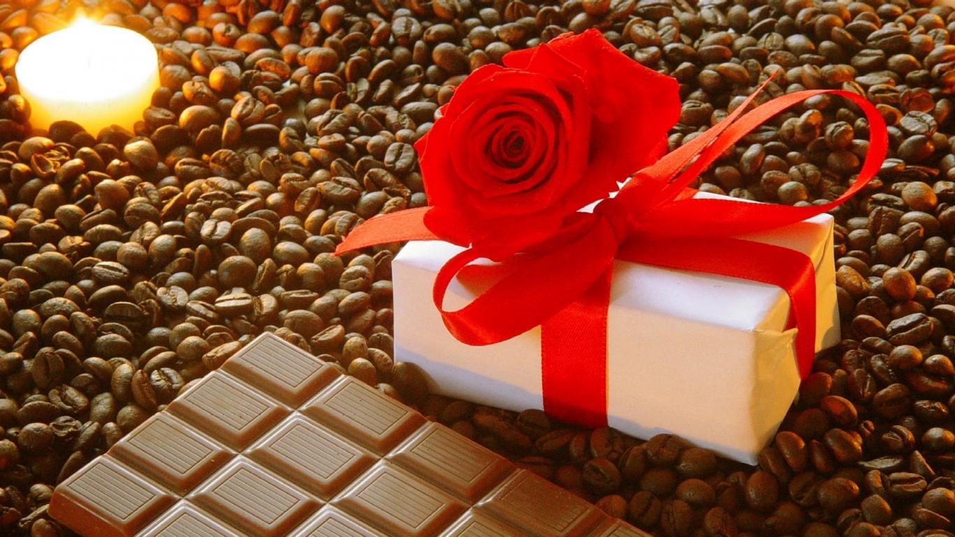50 подарков сдали в специальный фонд госслужащие Шымкента