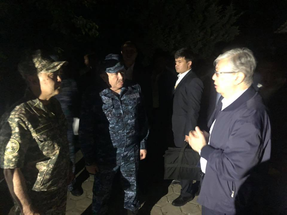 Касым-Жомарт Токаев поручил локализовать и устранить очаг взрывов в Арыси в краткие сроки