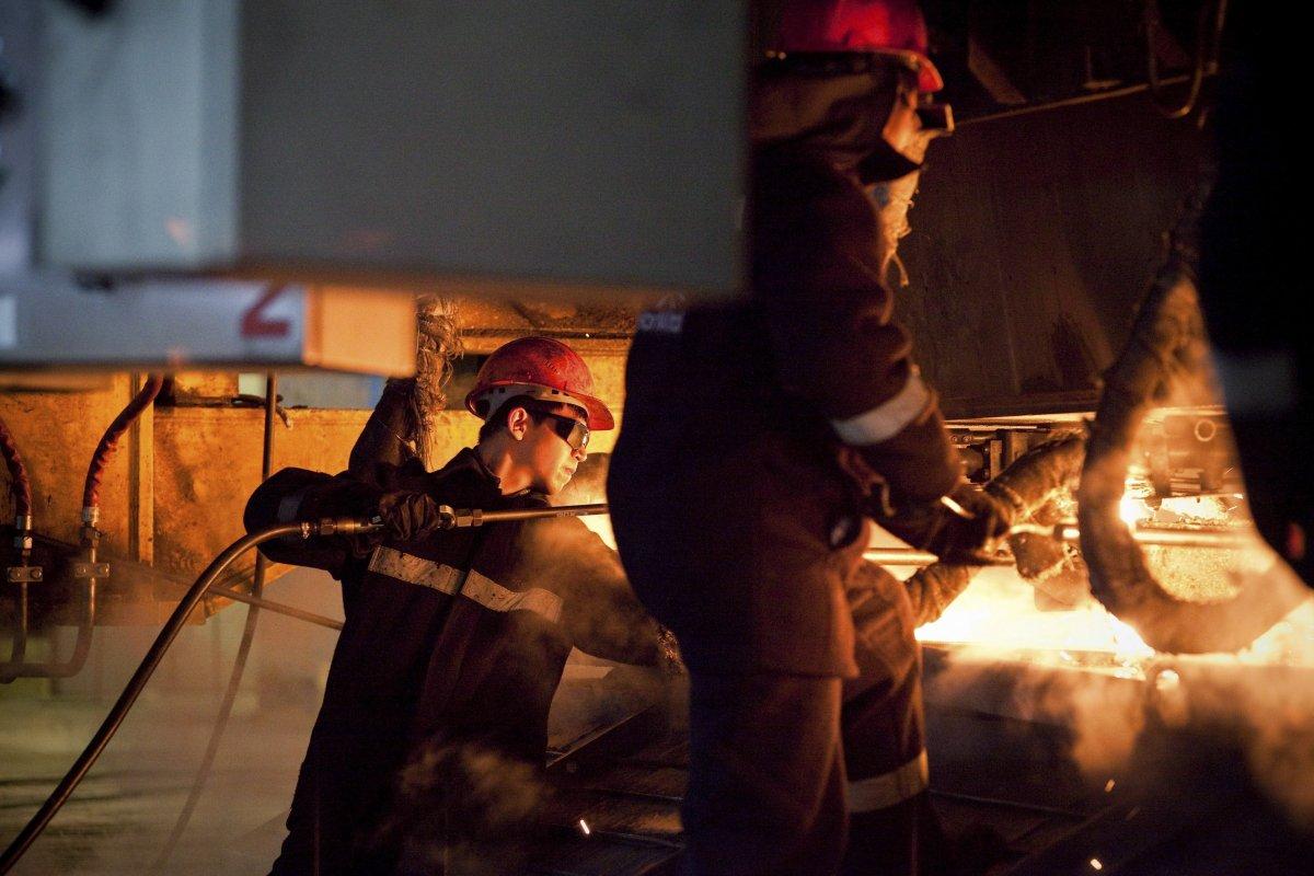 Руководство «АрселорМиттал Темиртау» обещает своевременно выплатить зарплату всем сотрудникам