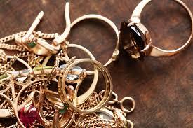 Изъятое в Мангистауской области контрабандное золото и серебро на 11 млн тенге ушло в доход государства