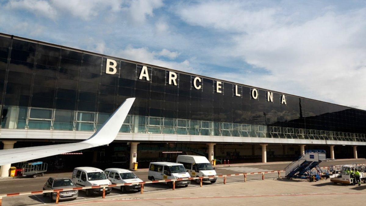 Работа аэропортов Испании будет нарушена 21 и 24 апреля из-за забастовки персонала