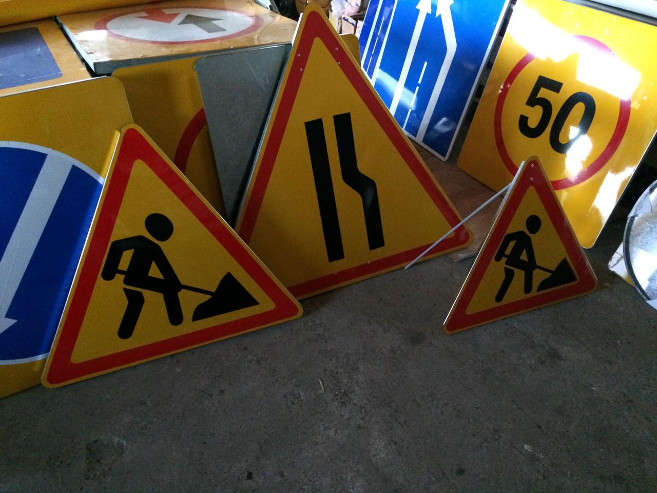 Ни один дорожный знак на трассе Алматы-Астана не соответствует ГОСТу