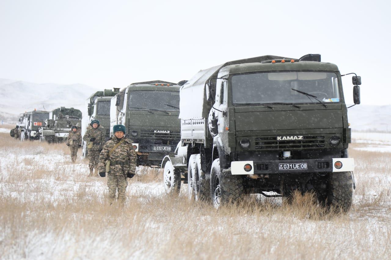 Министр обороны РК посетил Гвардейский гарнизон