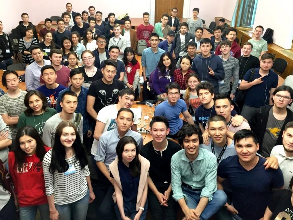 Довольны ли своей жизнью казахстанцы – исследование