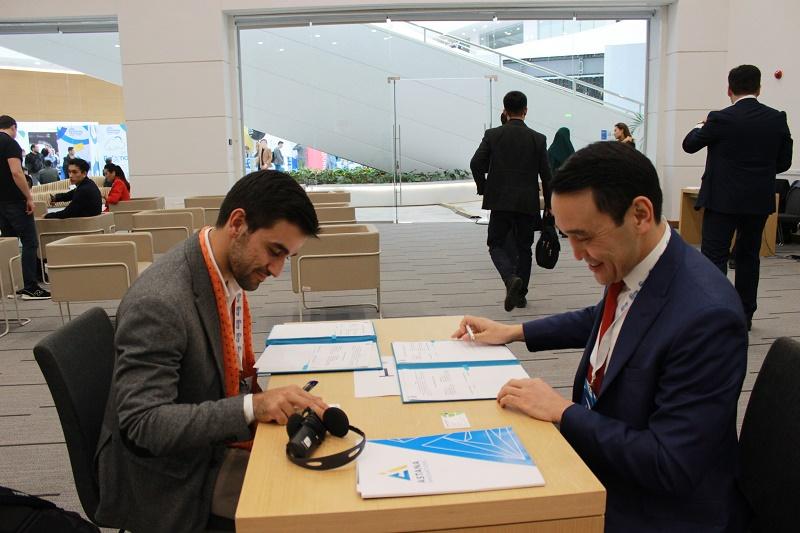 Астанчане могут получать 60 госуслуг с помощью мобильного приложения Smart Astana